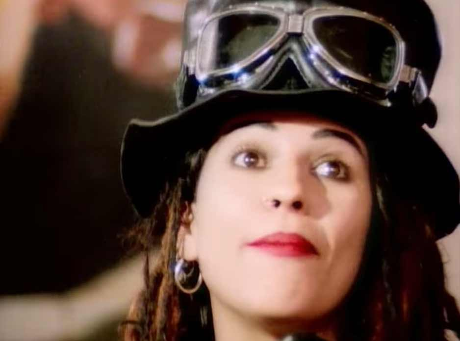 4 Non Blondes - What's Up - Official Music Video