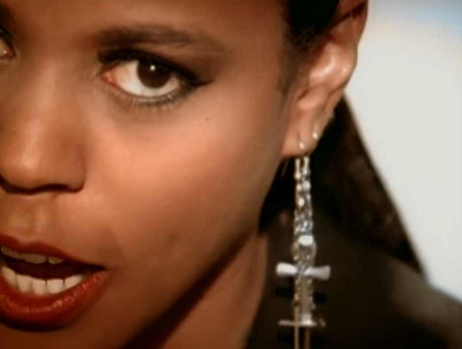 Crystal Waters - Gypsy Woman (She's Homeless) - Official Music Video