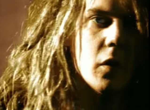 Soul Asylum - Runaway Train - Official Music Video