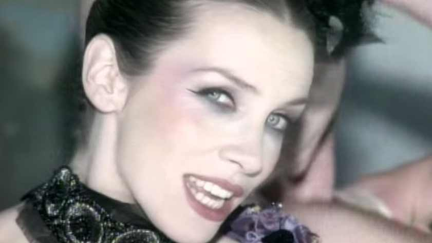 Love Song For A Vampire - Annie Lennox   Shazam