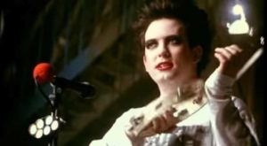 The Cure - Friday I'm In Love - Official Music Video