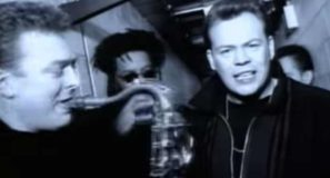 UB40 - (I Can't Help) Falling In Love With You - Official Music Video