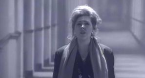 Maggie Reilly - Everytime We Touch - Official Music Video