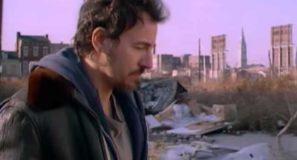 Bruce Springsteen – Streets of Philadelphia
