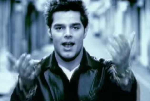 Ricky Martin - María - Official Music Video