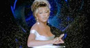 Tina Turner – Golden Eye