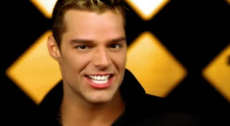 Ricky Martin - Livin' La Vida Loca - Official Music Video