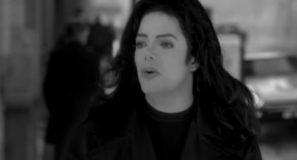 Michael Jackson – Stranger In Moscow
