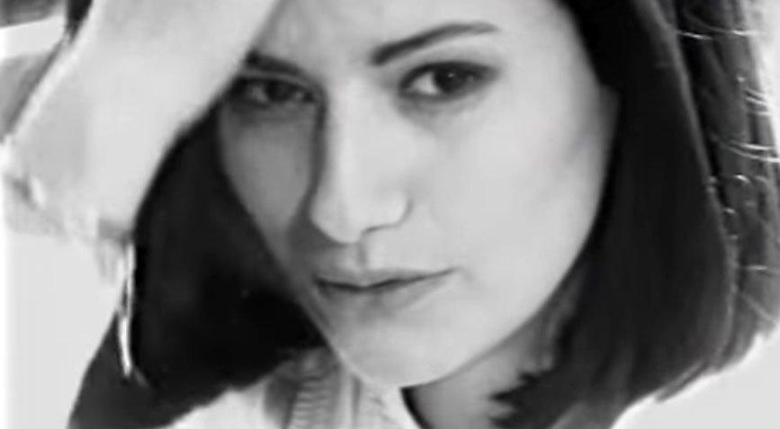 Laura Pausini - Strani Amori - Official Music Video